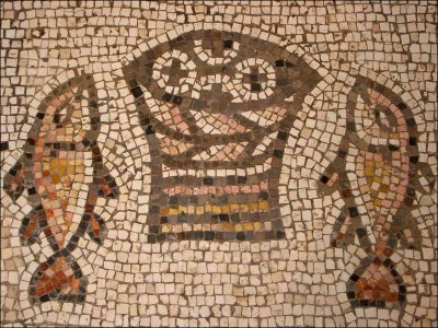 bread-fish-mosaic2
